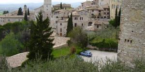 - Olaszország- Assisit látni kell..